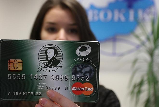 Döntött a Kormány: folytatódik a Széchenyi Kártya Program